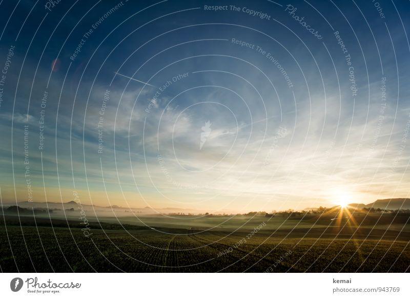 Immer immer wieder geht die Sonne auf Umwelt Natur Landschaft Himmel Wolken Sonnenaufgang Sonnenuntergang Sonnenlicht Herbst Schönes Wetter Feld Hügel