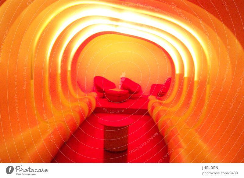 tube rot Erholung Freude Architektur Innenarchitektur Stil orange Raum sitzen Design retro Möbel Bar Club Disco Sitzgelegenheit