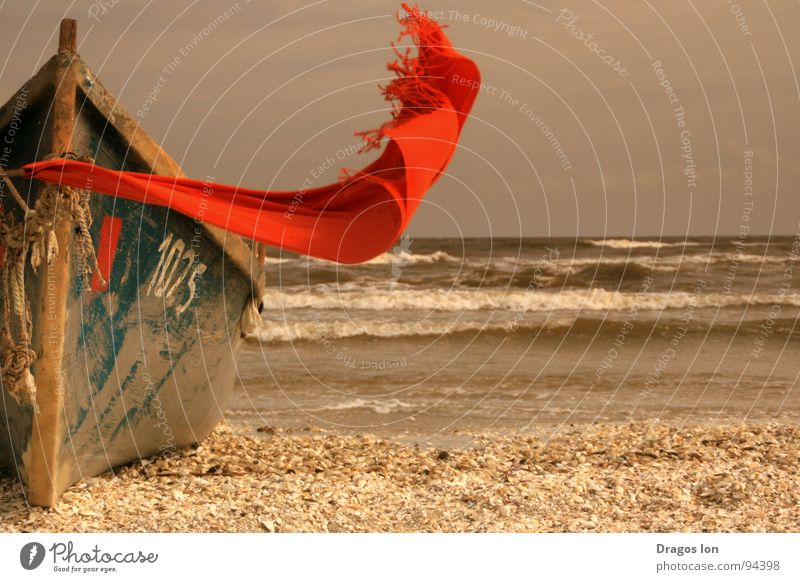 I'm here Strand Vertrauen scarf red waves boat Wind Sand somewhere number