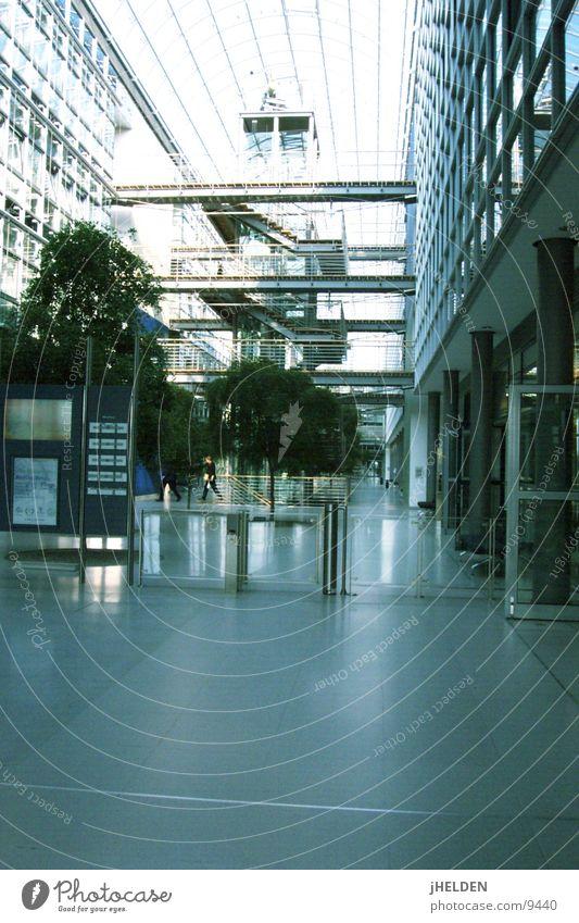 büro komplex Ausstellung Pflanze Gebäude Architektur Treppe Fenster modern Glaskuppel Leipzig Ladengeschäft Weltausstellung Messe Licht