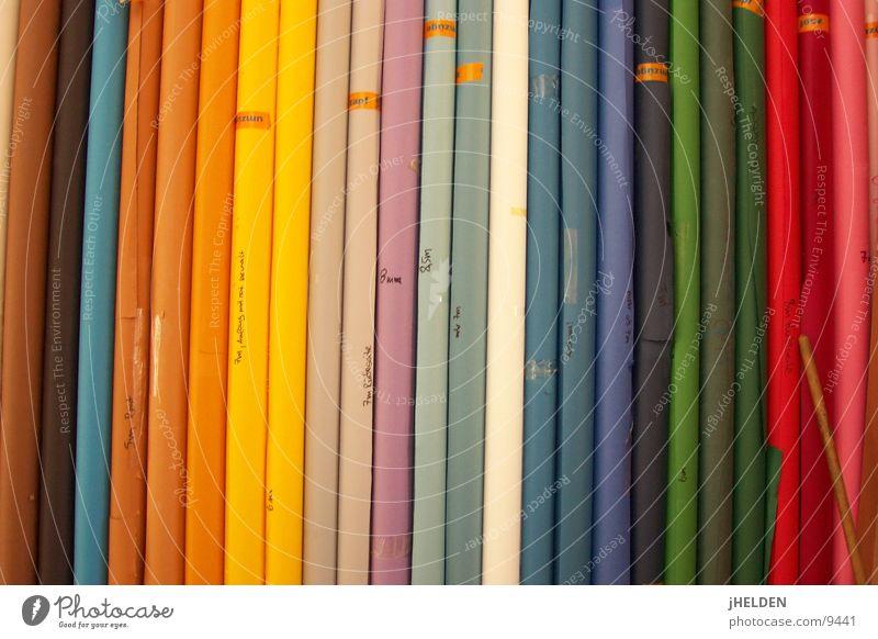 Vertikalisierung der Horizonte blau grün rot Farbe gelb braun Hintergrundbild Perspektive leuchten Papier Dekoration & Verzierung Kreativität vertikal gestreift Textfreiraum Rolle