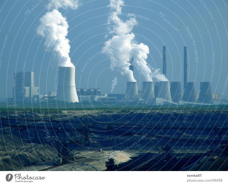 Naturschmutzgebiet Natur blau schwarz Traurigkeit Luft Deutschland braun dreckig Energiewirtschaft Armut Elektrizität Bodenbelag kaputt Industrie Trauer Warnhinweis