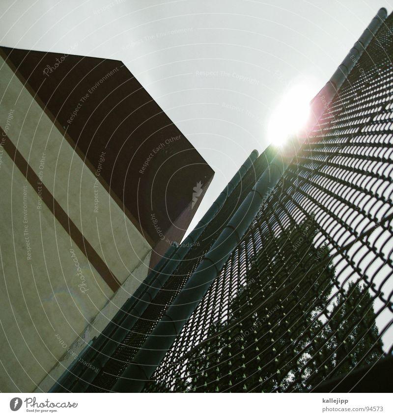 maschendrahtzaun Zaun Maschendrahtzaun Draht Grenze Halogenlicht Gartenzaun Flutlicht Wand Haus Schlaufe G8 Gipfel Globalisierung Heiligendamm Architektur
