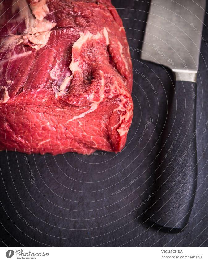 rohes Rinderfilet mit Messer auf Schiefer Tisch rot schwarz Gesunde Ernährung Gesundheit Hintergrundbild Lebensmittel Design frisch Kochen & Garen & Backen