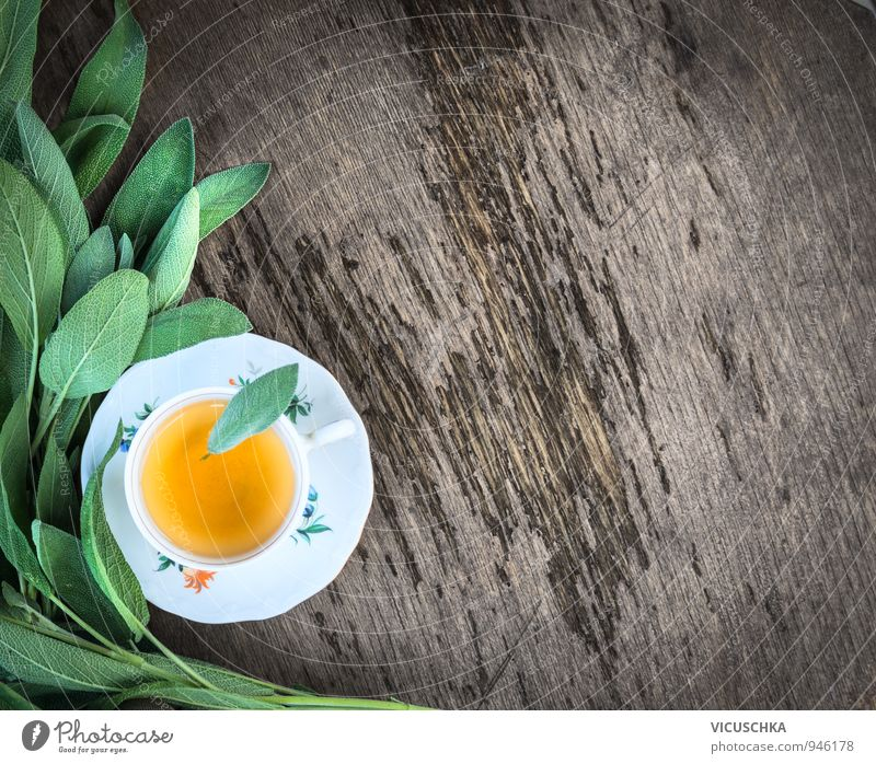 Tasse Tee mit frischem Salbei grün Sommer Winter Wärme grau Hintergrundbild braun Lifestyle orange Getränk planen Tanzfläche herb