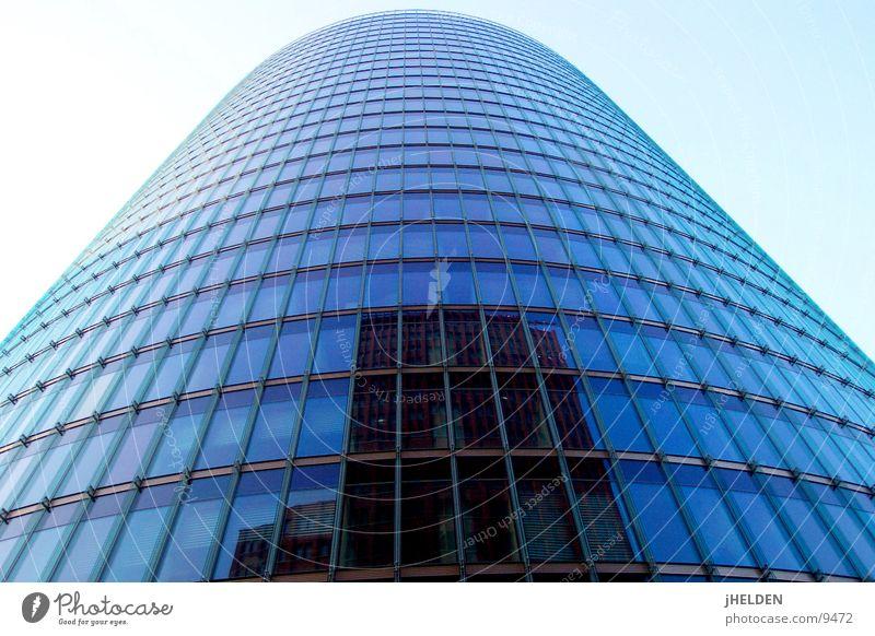 deutsche bahn headquarter berlin Stil Stadt Hochhaus Architektur Glas Stahl modern rund blau Macht Potsdamer Platz Emotiondesign Deutschland zentral Berlin