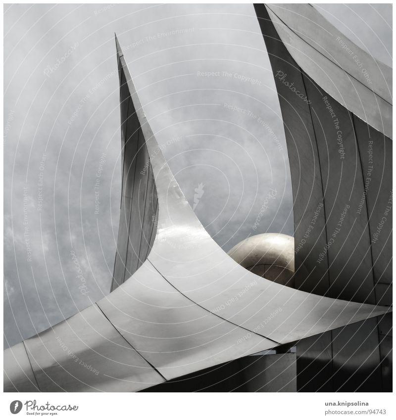 freundschaft Himmel Wolken Metall Kunst Spitze Symbole & Metaphern Verkehrswege Völker Dresden Skulptur Sachsen Prager Strasse