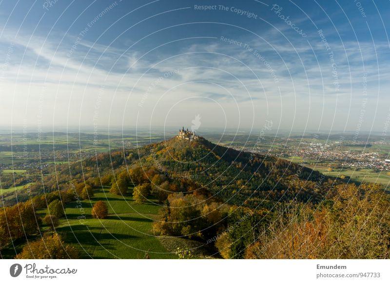 Hohenzollern III Ferien & Urlaub & Reisen Tourismus Ausflug Sightseeing Deutschland Europa Burg oder Schloss Burg Hohenzollern wandern alt groß Schwäbische Alb