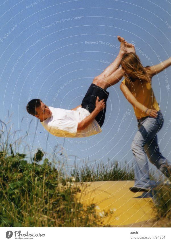 Fliegen lernen Mensch Himmel Freude Spielen Glück springen lustig 2 Zusammensein Tanzen fliegen Luftverkehr Gesang fallen Lebensfreude Schweben