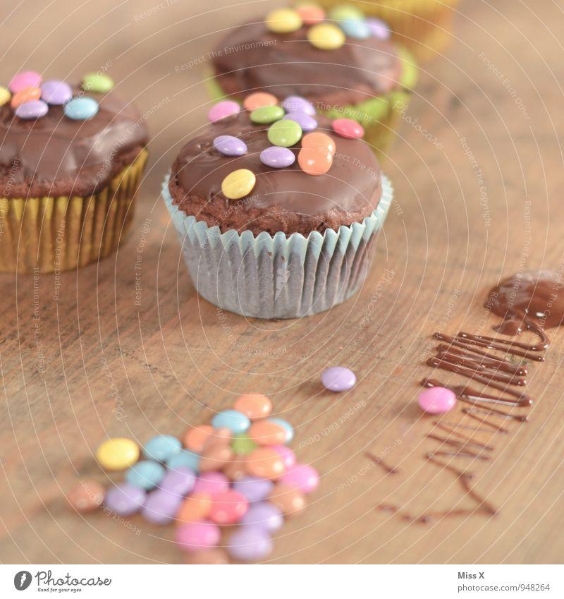 Happy B Lebensmittel Teigwaren Backwaren Kuchen Dessert Süßwaren Schokolade Ernährung Feste & Feiern Geburtstag klein lecker süß mehrfarbig Muffin Schokolinsen