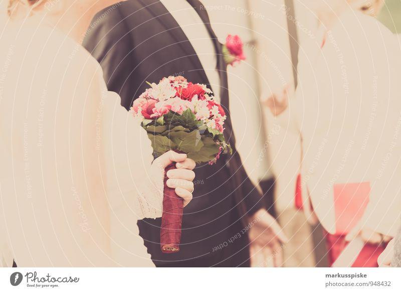 hochzeit Lifestyle Reichtum elegant Stil Design Hochzeit Mensch Frau Erwachsene Mann 3 18-30 Jahre Jugendliche Mode Anzug Brautkleid Blumenstrauß Smoking