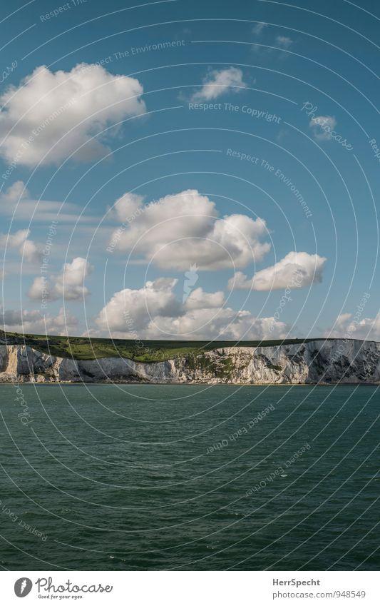 Channelcrossing Himmel Wolken Schönes Wetter Wellen Küste Meer Ärmelkanal Nordsee Insel Großbritannien England Dover White Cliffs maritim blau grün weiß Klippe