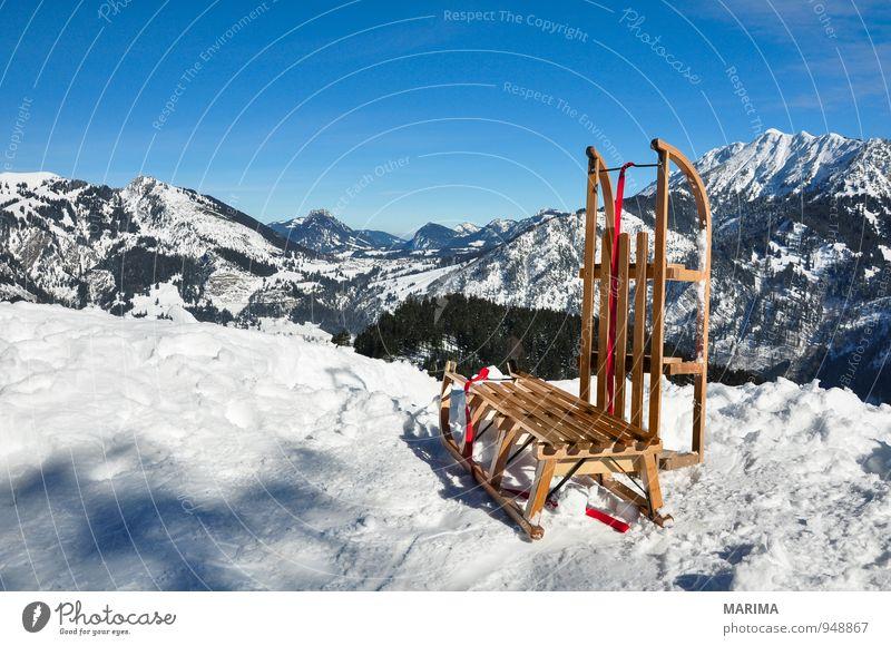 white winter land, wooden sledge Freude Erholung Ferien & Urlaub & Reisen Tourismus Winter Berge u. Gebirge Umwelt Natur Landschaft Wolken Wetter Wald Felsen