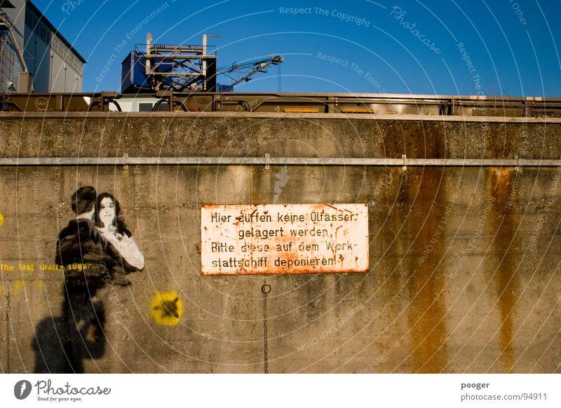 Pollution Mauer Graffiti Ordnung Industriefotografie Schriftzeichen Hafen verfallen Hinweisschild Erdöl Typographie Schilder & Markierungen Fass Basel Wandmalereien Ölfass