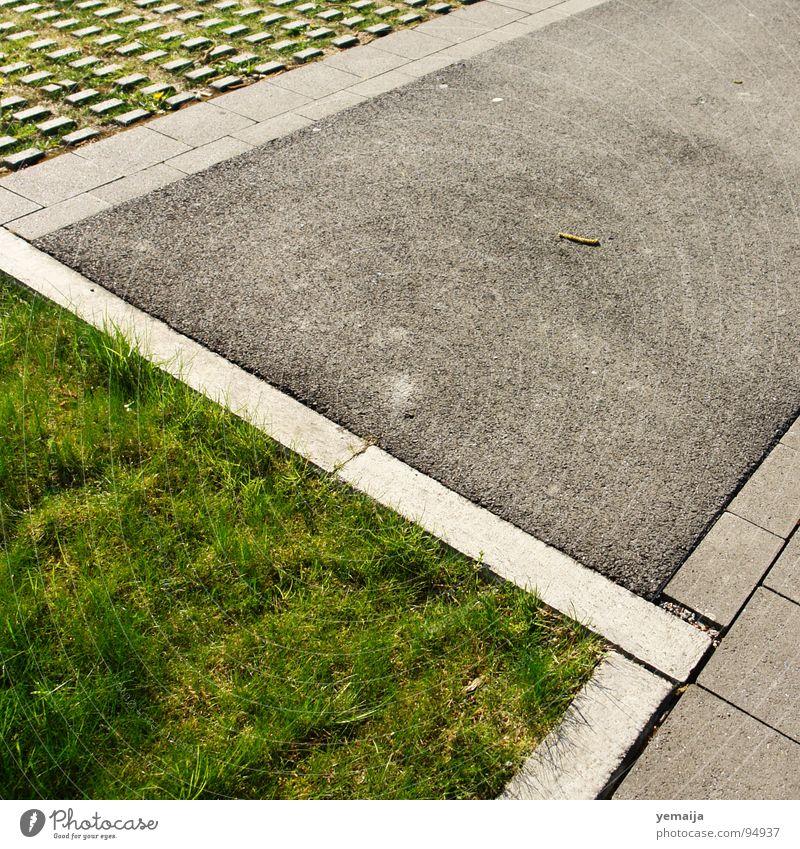 Flächendeckend Gras Linie Beton Rasen Bodenbelag Asphalt Teilung Verkehrswege Parkplatz