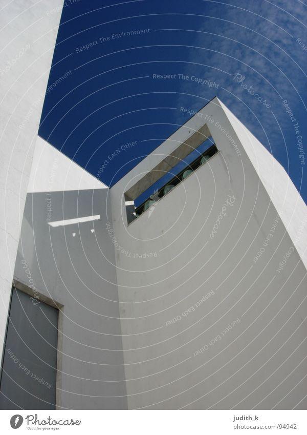 siza Himmel weiß blau ruhig Gebäude Religion & Glaube Architektur Tür Schutz Vertrauen Portugal Glocke Gotteshäuser