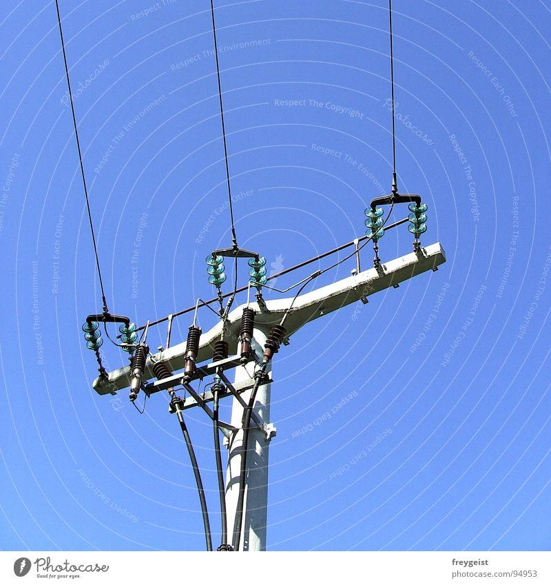 Electricity I Elektrizität Strommast elektronisch elektrisch Versorgung Dienstleistungsgewerbe Energiewirtschaft Himmel blau