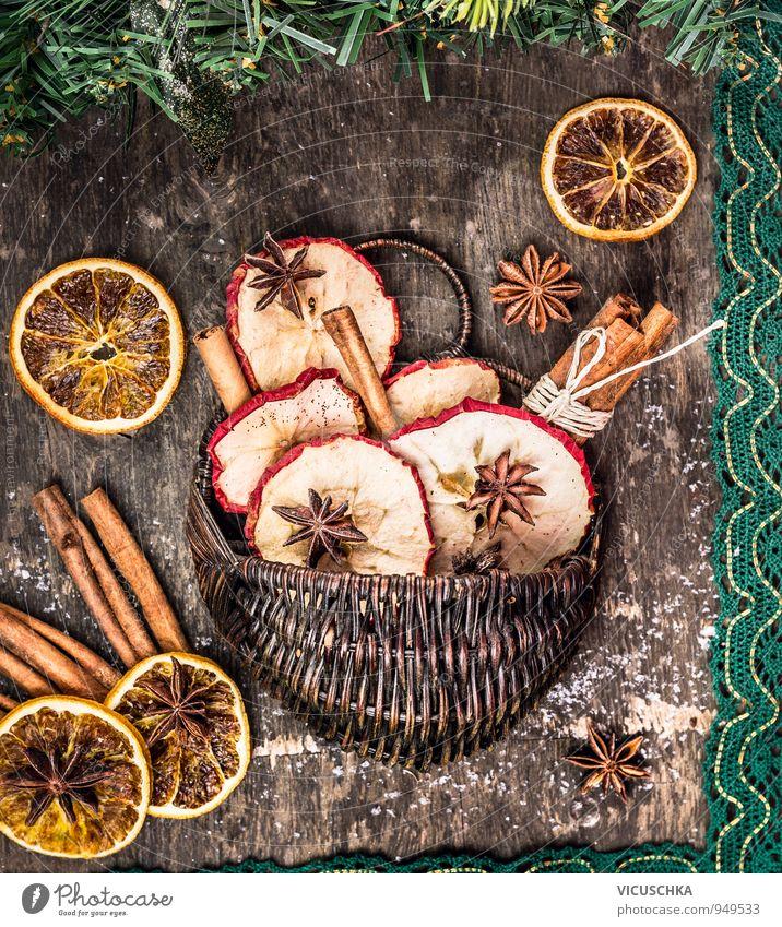 Winter Trockenfrüchte und Gewürzen in Korbchen Natur Weihnachten & Advent Autofenster Stil Lebensmittel Freizeit & Hobby Frucht Design Orange Ernährung Getränk