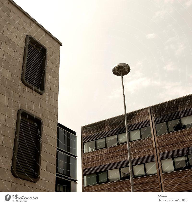 rund + eckig Haus einfach Fenster Reflexion & Spiegelung Physik Stil Runde Sache Gebäude braun Holz Laterne modern architecture Stein Tür Himmel Wärme Farbe