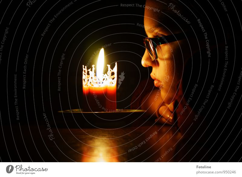 Worldwide Candlelightning Mensch feminin Kind Mädchen Kindheit Jugendliche Haut Kopf Haare & Frisuren Gesicht Auge Nase Mund Lippen Hand Finger 1 dunkel hell