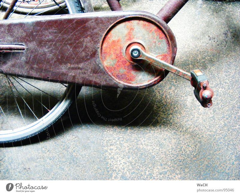 Drahtesel alt Fahrrad Verkehr fahren Freizeit & Hobby Rost treten Verkehrsmittel Pedal