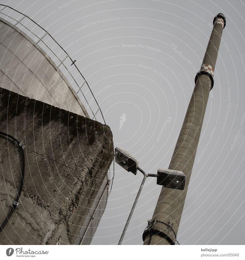 d Buchstaben Industriefotografie Laterne Mauer Beton Tank Ozon Schwefel Ausfall Kabel Kessel Explosionsgefahr Zutritt verboten Verbote Sperrzone