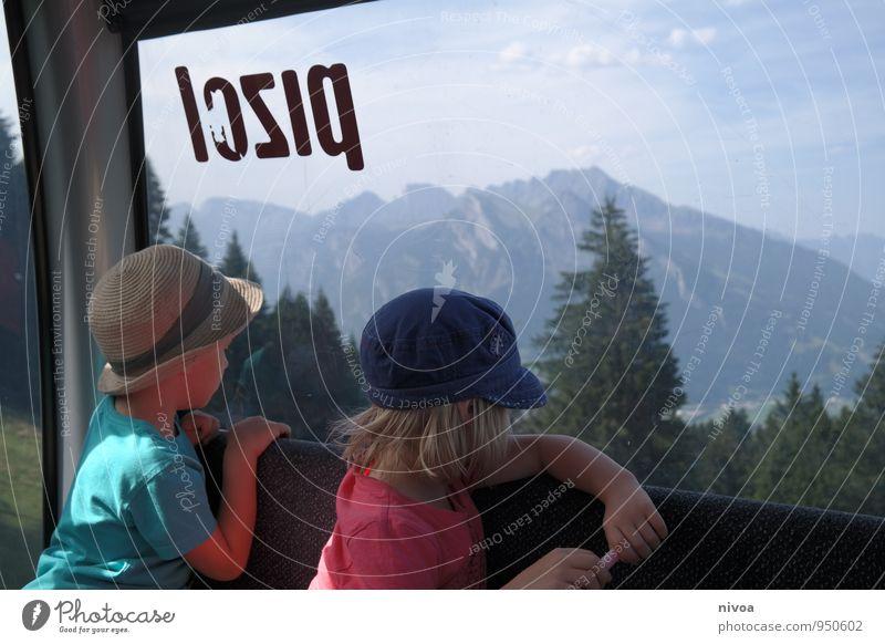 Blick zurück Mensch Himmel Kind Natur Ferien & Urlaub & Reisen Sommer Baum Landschaft Mädchen Ferne Berge u. Gebirge Junge Freiheit Felsen Freundschaft