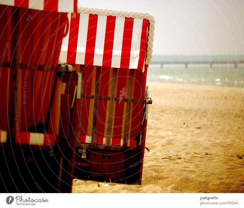 Strandstreifen Meer Fischland Darß Prerow Strandkorb Streifen Seebrücke Steg Ferien & Urlaub & Reisen geschlossen reserviert mehrfarbig Farbe Sommer Küste Sand