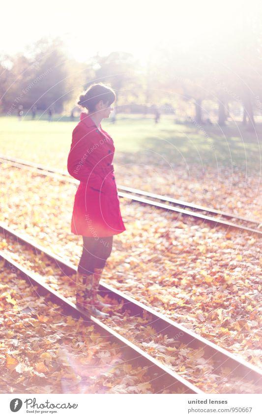 AK# On The Rail Frau rot Blatt ruhig Herbst Kunst Idylle Zufriedenheit stehen warten ästhetisch Gleise Herbstlaub herbstlich Herbstfärbung Herbstbeginn