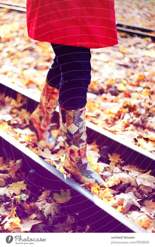 AK# Railwalk Frau rot Herbst Kunst Mode Zufriedenheit modern laufen ästhetisch Spaziergang Hose entdecken Gleise Herbstlaub herbstlich Stiefel