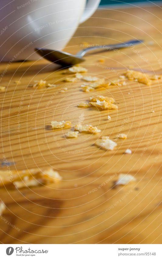 krümelkram weiß Holz dreckig Ernährung Tisch Gastronomie Tasse Löffel Krümel