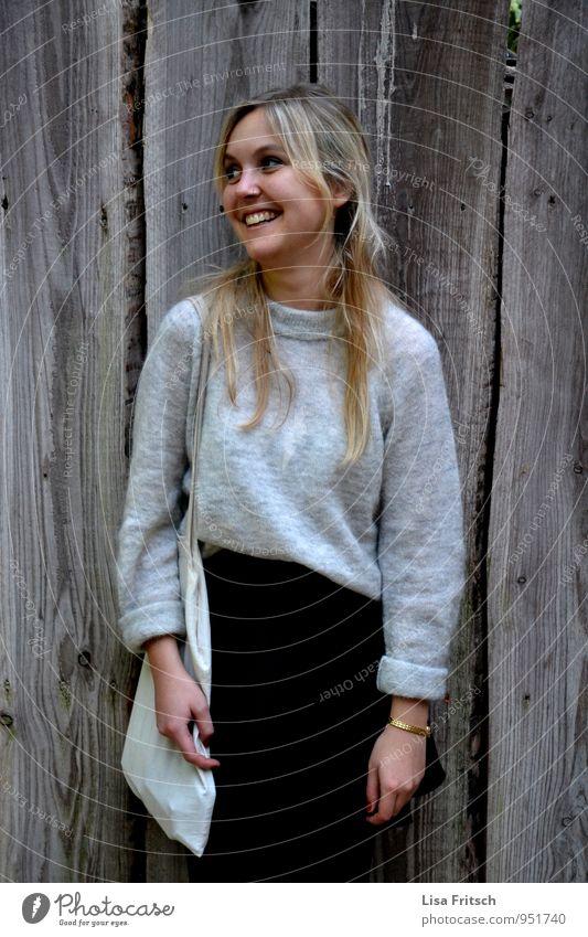 fred Mensch Frau Jugendliche schön Junge Frau Freude 18-30 Jahre Erwachsene feminin Glück lachen Freizeit & Hobby Zufriedenheit blond ästhetisch Lächeln