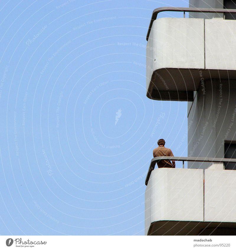 BALCONY SMOKER Mensch Himmel Mann blau rot Sommer Wolken Einsamkeit Haus Freiheit Gebäude Luft Wind warten Beton