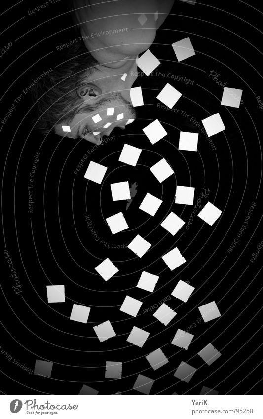 befall Mann weiß schwarz Gesicht Wand oben grau Mauer Stil Mund Punkt Wut schreien Quadrat hängen Fleck