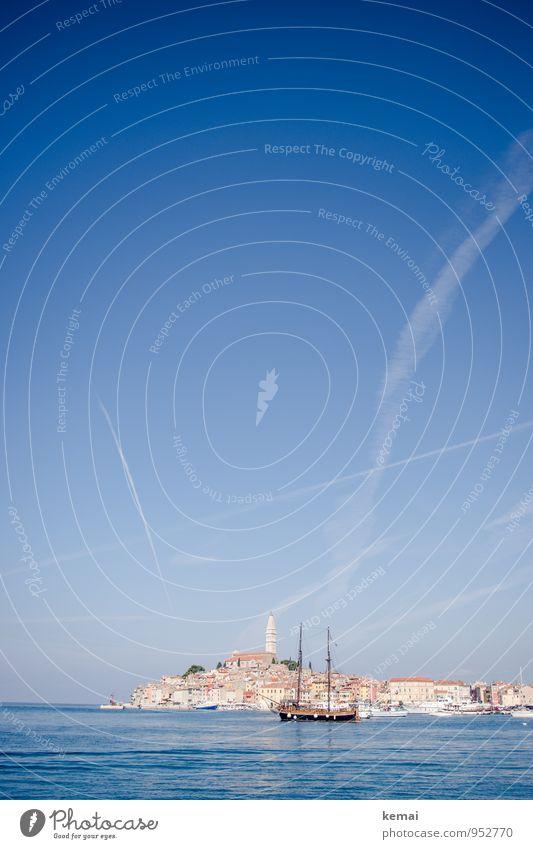 Rovinj II Ferien & Urlaub & Reisen Tourismus Ausflug Wasser Himmel Sonnenlicht Sommer Schönes Wetter Bucht Meer Hafenstadt Istrien Kroatien Stadt Altstadt Haus