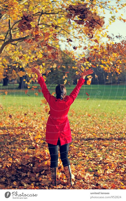 AK# HerbstSinfonie Frau schön rot Freude Kunst Zufriedenheit ästhetisch Schönes Wetter Herbstlaub herbstlich Stiefel Mantel werfen Herbstfärbung Herbstbeginn