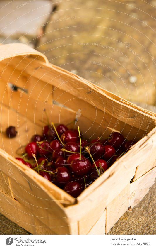 kirschen ernte Lebensmittel Frucht Kirsche Ernährung Picknick Bioprodukte Vegetarische Ernährung Diät Fingerfood Gesunde Ernährung harmonisch Wohlgefühl