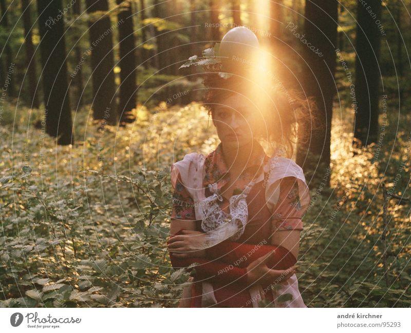 protection # 2 Zufriedenheit Sonne feminin Junge Frau Jugendliche Körper Kopf Haare & Frisuren Arme 1 Mensch 18-30 Jahre Erwachsene Baum Sträucher Wald Kleid