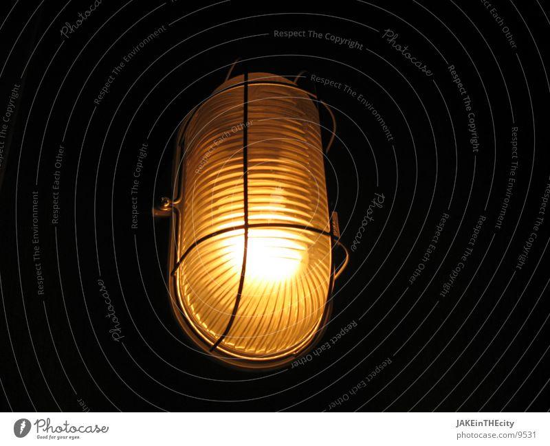 saunalicht_#1 Licht gelb Lagerlicht Glühbirne Elektrisches Gerät Technik & Technologie gold Vor dunklem Hintergrund Saunalicht