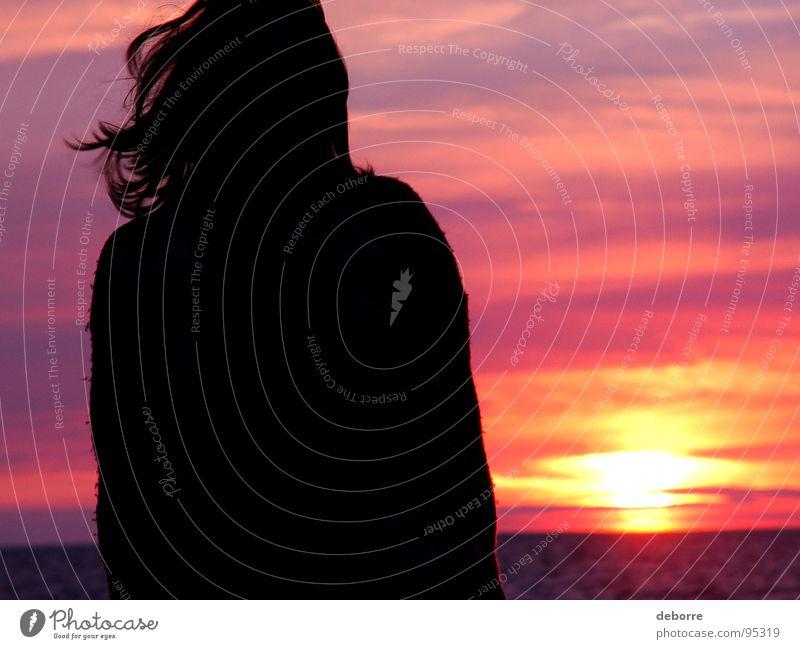 Meermädchen Frau Himmel rot Sonne Sommer Strand Wolken schwarz orange Romantik violett Dänemark