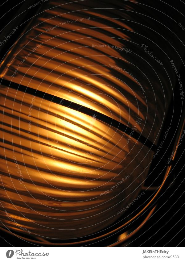 saunalicht_#2 gelb gold Technik & Technologie Glühbirne Elektrisches Gerät Vor dunklem Hintergrund Lagerlicht