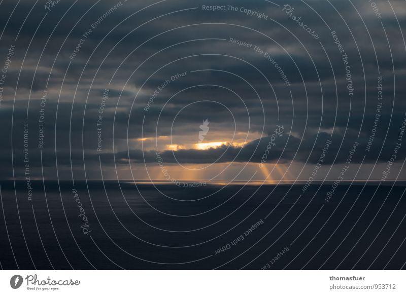 Sonnenuntergang Natur Urelemente Erde Luft Wasser Himmel Wolken Nachthimmel Horizont Sonnenaufgang Sonnenlicht Wetter Meer außergewöhnlich dunkel fantastisch