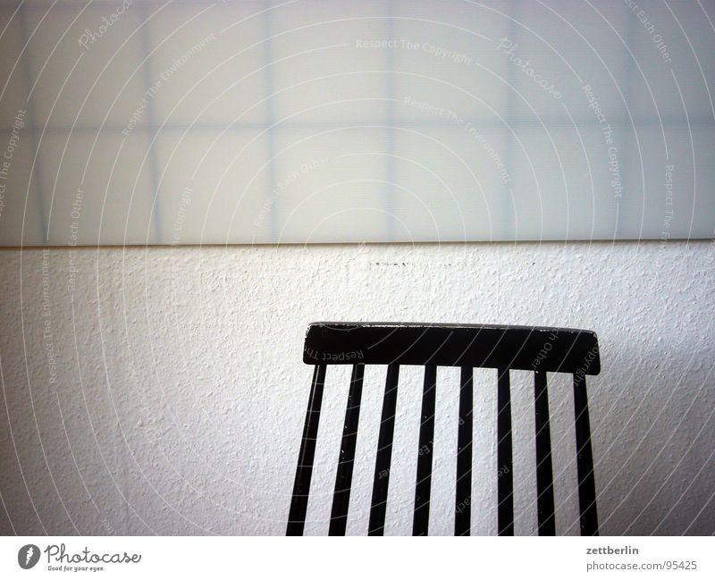 Küche weiß ruhig schwarz Einsamkeit Wand Tod Glück warten sitzen leer Trauer Stuhl Fliesen u. Kacheln Tapete Möbel