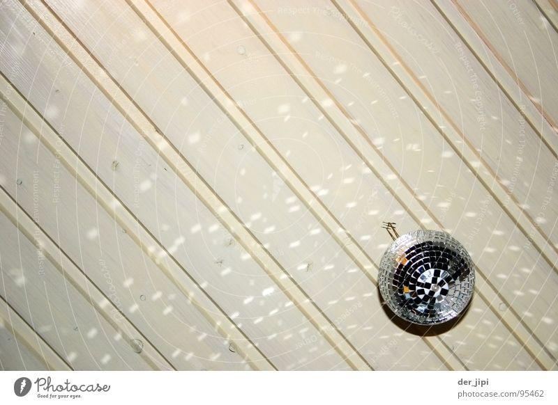 abgestreift Discokugel Lightshow Reflexion & Spiegelung rund drehen Licht gelb Konzert Club retro Dekoration & Verzierung Innenaufnahme Kreis Lichtbrechung