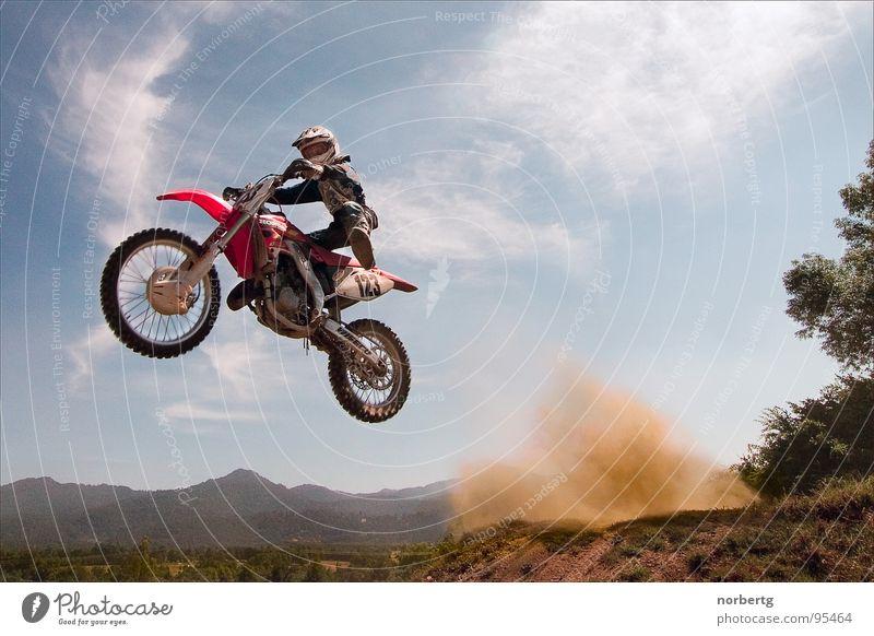 Jump springen fliegen Motorrad Staub Motorsport Motocrossmotorrad