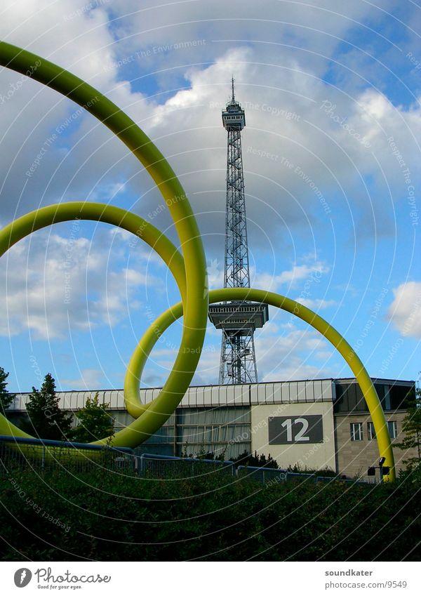Berlin, Messegelände Wolken gelb Berlin Kunst Architektur Messe 12 Kunstwerk Funkturm Messehalle