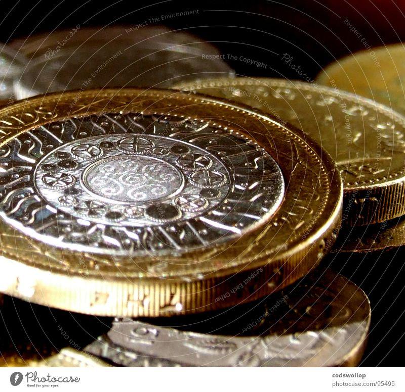 pieces of eight Metall gold Erfolg Geld Reichtum silber Wirtschaft Handel reich Politik & Staat Kapitalwirtschaft Geldmünzen Englisch Schatz Moral finanziell