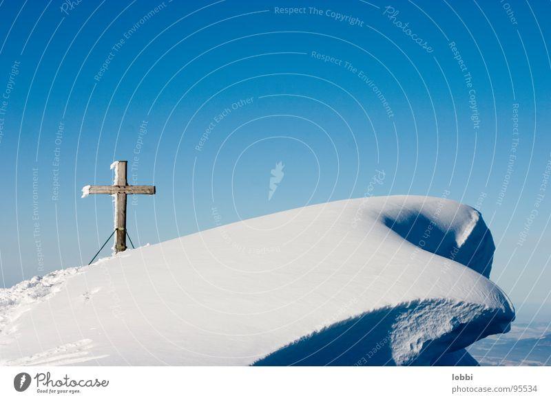 Verwechtet Gipfelkreuz Winter Menschenleer Schneekristall Einsamkeit Skier alpin Berge u. Gebirge Bergsteigen Himmel Schneewächte Deutschland