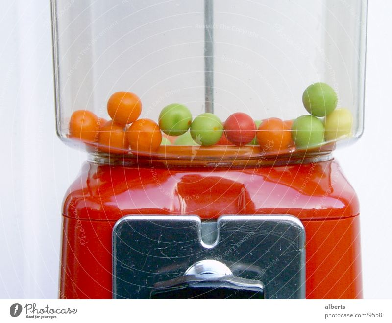 Kaugummi Automat Ernährung Freude Glück Fröhlichkeit Nascher Farbfoto mehrfarbig Detailaufnahme Makroaufnahme Tag