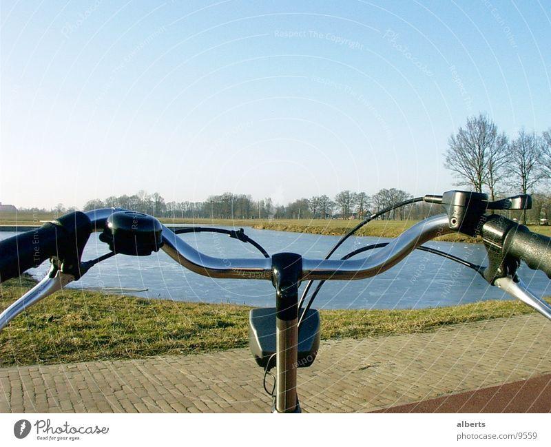 Bike view Schnellzug Verkehr Fahrrad handle-bar